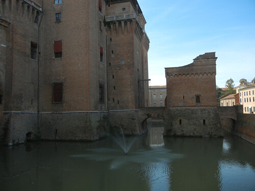 DSCN3683 _ Castello Estense, Ferrara, 17 October