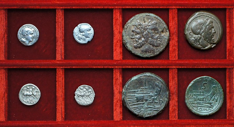 RRC 085 H quinarius varieties and bronzes, Ahala collection, coins of the Roman Republic