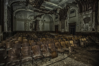 Memorial Hall Theater_Long_Exp