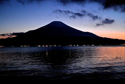 road street autumn sunset mountain lake reflection water japan night reflections fuji nightscape highland leicax1