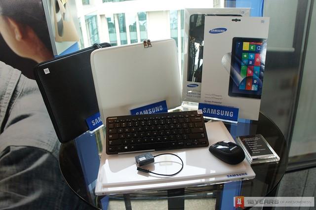 [Preview] Samsung ATIV Smart PC Series - Acessories