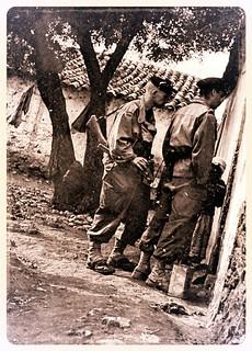 Patrouille Sanitaire de la CP4 DBFM - Tafraoui  Algerie (France) 1956 - Photo JP Vasse (Retina Kodak)