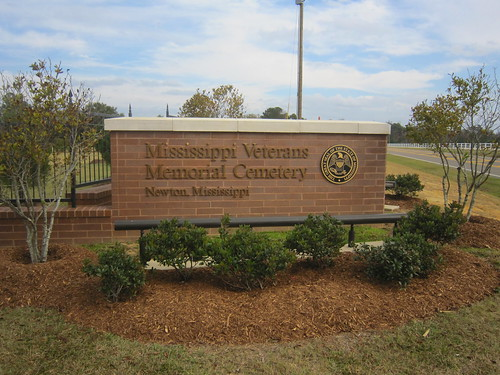 cemeteries signs mississippi unitedstates 2012 newtoncounty mississippiveteransmemorialcemetery
