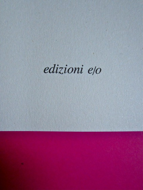 Eduardo Savarese, Non passare per il sangue. edizioni e/o 2012. Grafica di Emanuele Gragnisco; illustrazione di Luca Laurenti. Frontespizio (part.), 2