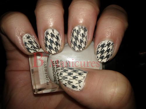 044 Houndstooth 52R