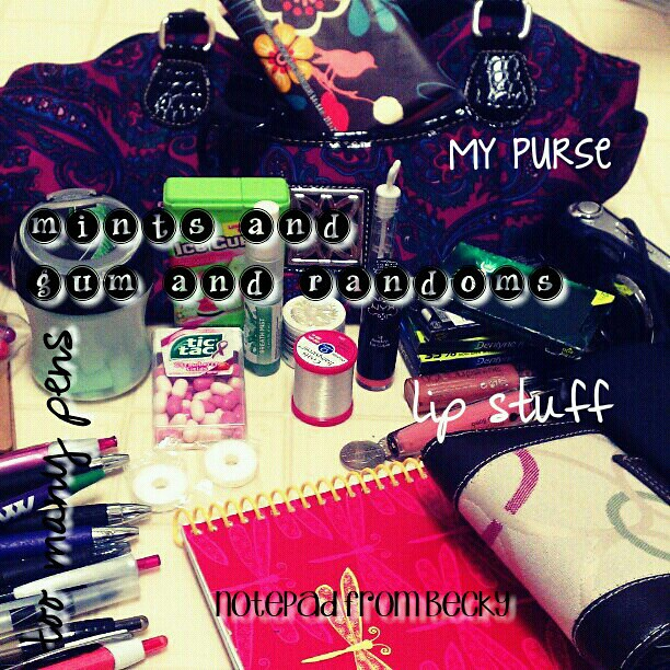 In my purse #CameraZoom #phonto #motography2012 #motography2012phonto #FMSPhotoADay #FMSPhotoADayNov
