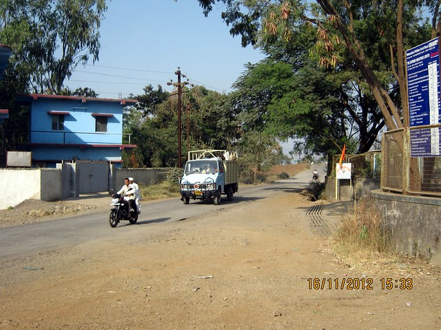 Kanhe Takwe Road at Supreme Industries