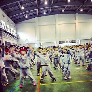 全台灣的小學生都在跳健康操。