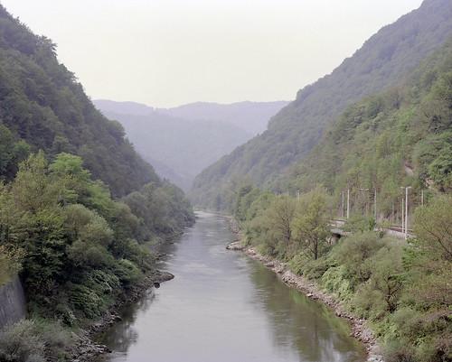 mountains mamiya mediumformat river landscape haze kodak slovenia valley epson 6x7 portra gossen sava 160 rz67 4990 110mm lunaprosbc