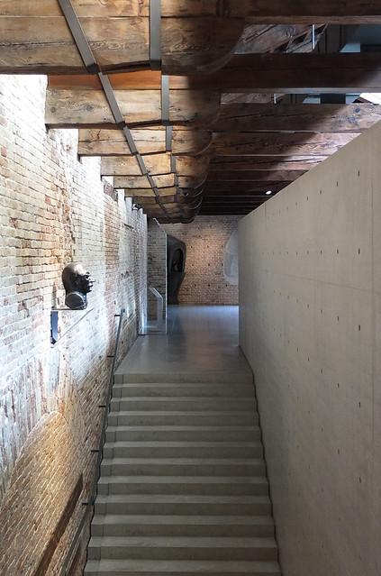 Punta della dogana renovation francois pinault foundation for Tadao ando venezia
