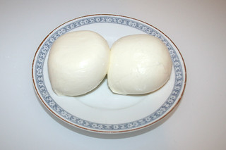 10 - Zutat Mozzarella / Ingredient mozzarella