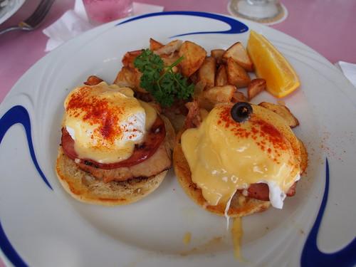 Eggs Benedict - New Otani Kaimana Hotel