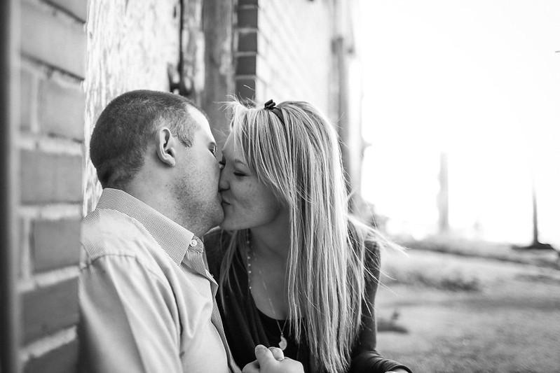 Northwest Arkansas Engagement Photographer-8