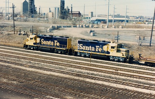 Westbound Atchison, Topeka & Santa Fe Railroad short freight train.  Chicago Illinois.  April 1990. by Eddie from Chicago