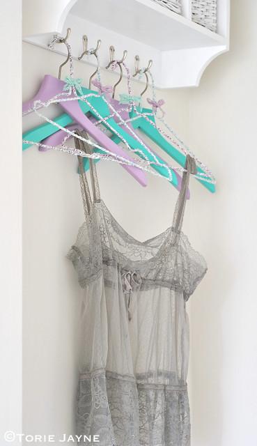 DIY guest room hangers