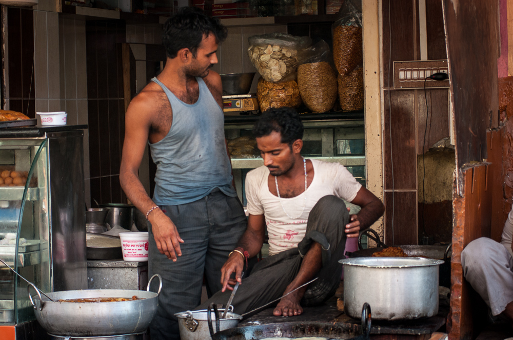 Making sweet-stuff in Pushkar