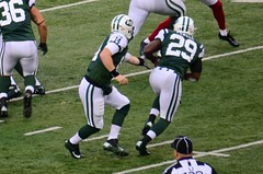 Greg McElroy Hands Off to Bilal Powell
