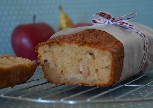 Bizcocho de pera y manzana