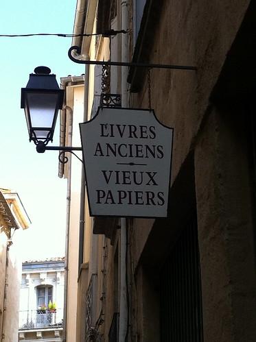 Livres anciens et vieux papiers