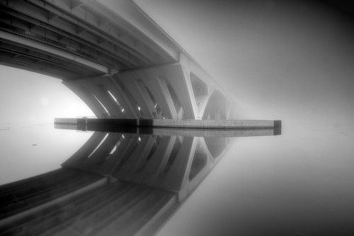 morning bridge blackandwhite abstract reflection alexandria fog architecture virginia perspective drawbridge potomacriver i495 woodrowwilson