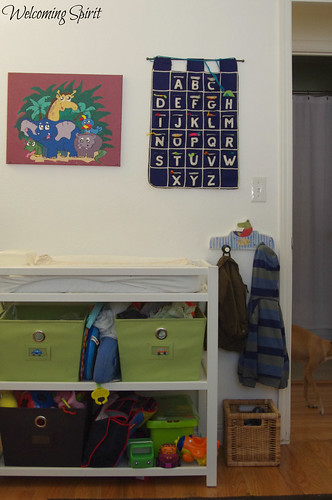 Zoom's room, changing table