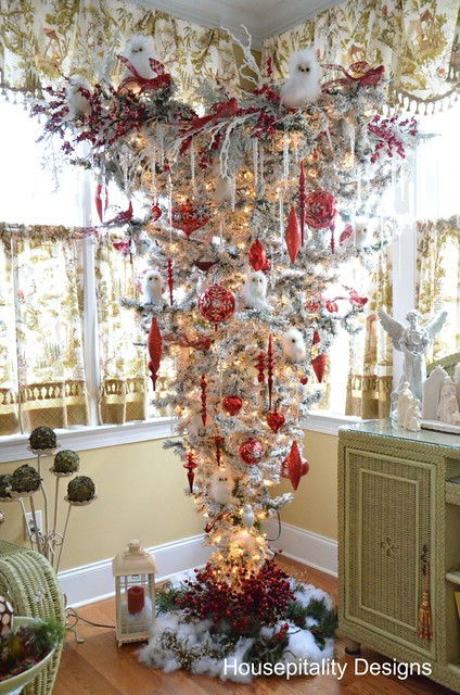 the sunroom upside down christmas tree and the five favorites and winner of the better late thank never linky party - Upside Down Christmas Tree Decorated