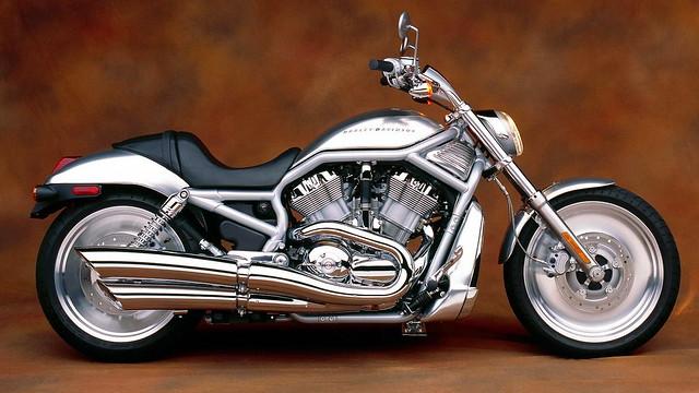 wallpapers_4_motocikl-harley-davidson-1303652561
