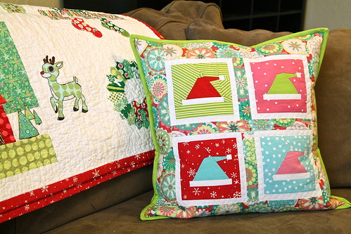 paper pieced Christmas pillow
