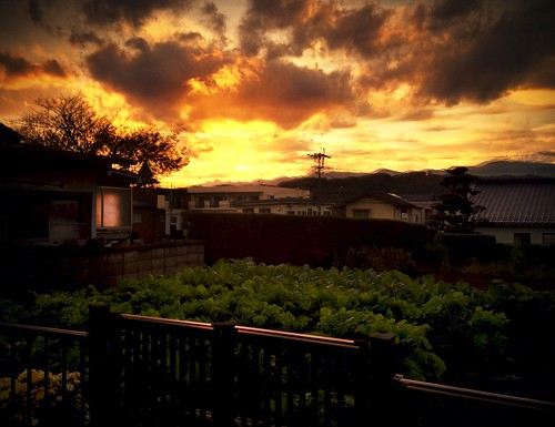 sunset orange japan clouds garden walkabout iphoto matsumoto nagano app 4s iphone