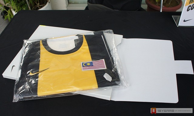 [Hands-On] 2012 Malaysia National Football Home Jersey by Nike