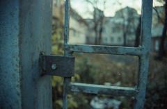 Das Tor zum Hof [Color Implosion]