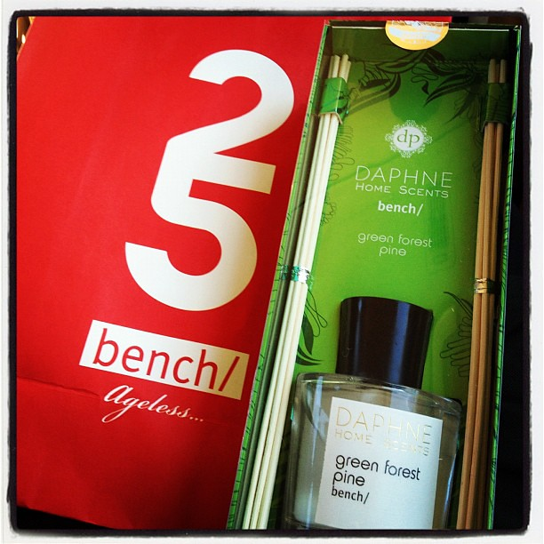 This is how Christmas smells like. Green Forest Pine. DAPHNE Home Scents for @benchtm @bcbench