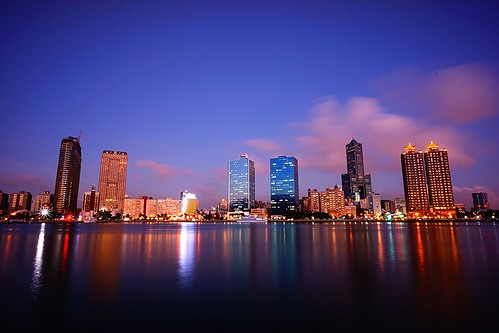 favorite building skyline night harbor colorful asia cityscape nightscape nightshot edited sony taiwan kaohsiung bluehour 台灣 高雄 夜景 nex highquality 85大樓 真愛碼頭 光榮碼頭 flickraward emount nex7 sel1018 光榮碼頭|glorypier longexplorsure