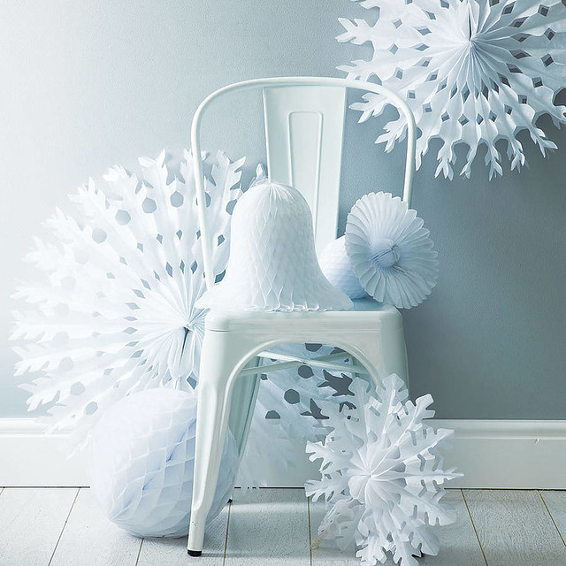 original_winter-white-christmas-decoration-pack[1]