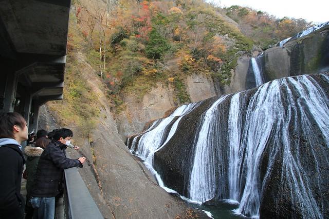 迫力の袋田の滝