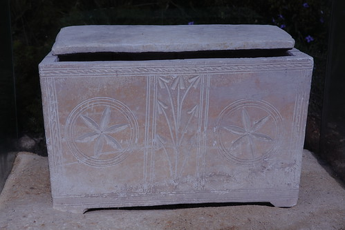 Six petal symbols on a Sarcophagus