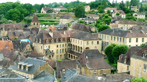 P1000242 Sarlat-la-Canéda, maisons vues de la tour de l'ancienne église Sainte-Marie