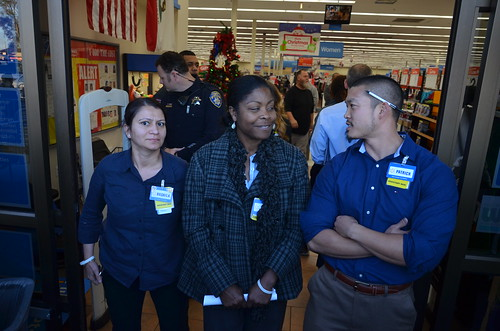 Three Walmart Walmart Assistant Managers prevent group from entering San Leandro store on Black Friday