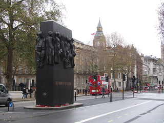 Women of World War I statue, London