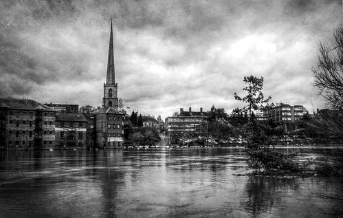 Floods on River Severn, Worcester - 27 November 2012