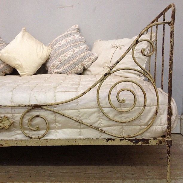 shabby shabby chic daybed c1880 flickr photo sharing. Black Bedroom Furniture Sets. Home Design Ideas