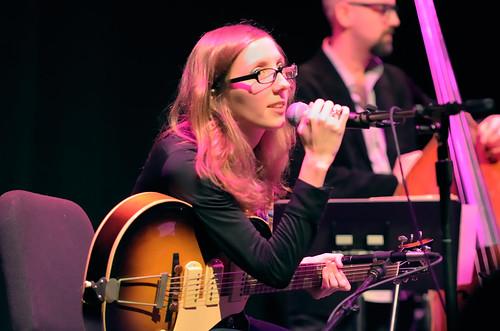 Mary Halvorson 2012-12-01a