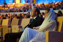 基文和哥斯大黎加籍聯合國氣候變遷框架公約執行秘書Christiana Figueres出席2012年12月4日在杜哈舉行的聯合國變遷啟動會議(UN Momentum for Change event)(攝影:Penny Yi Wang)