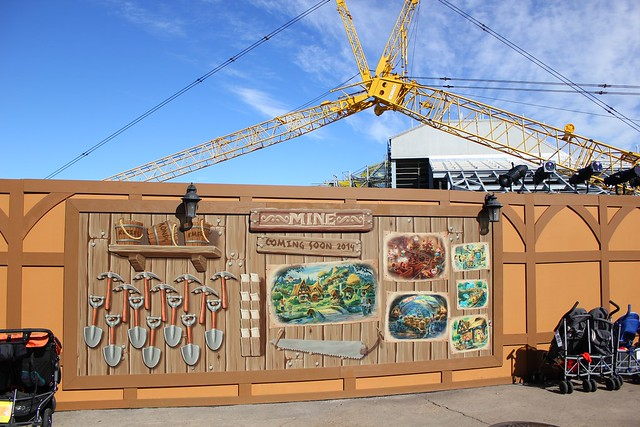 Seven Dwarfs Mine Train construction walls
