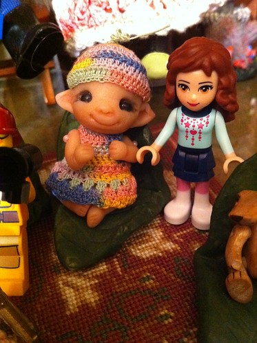 LeGo Friends Day 1 Dollie w/ Baby Pearlie by DollZWize