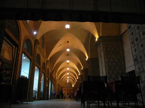 DSCN3539 _ Arcade around Piazza Maggiore, Bologna, 16 October