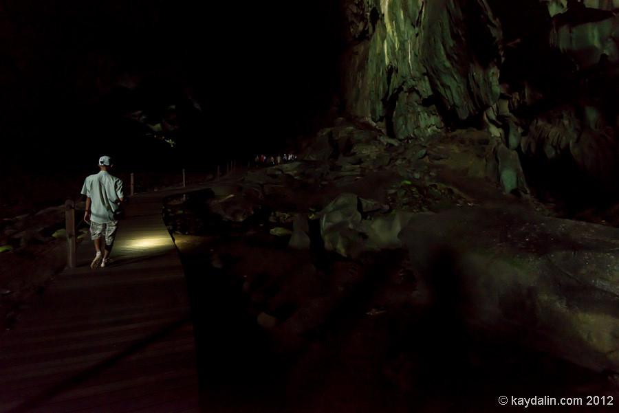 в пещерах малайзии