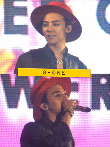 G-Dragon - Tokyo Girls Collection - 28feb2015 - G-One - 02