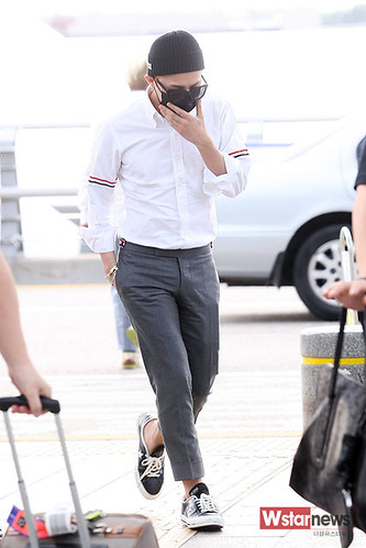 BIGBANG Incheon Airport to Shanghai Press 2015-06-19 053