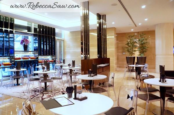 tuxedo - carlton hotel Singapore (33)